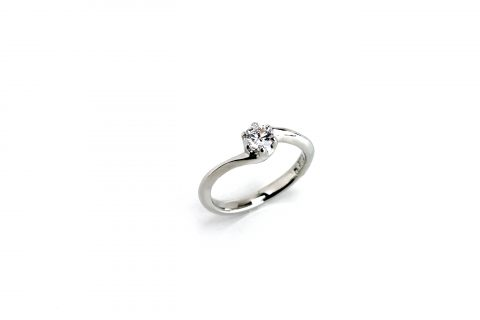 DITIQUE福岡北九州小倉婚約指輪エンゲージリング我流婚約手造り