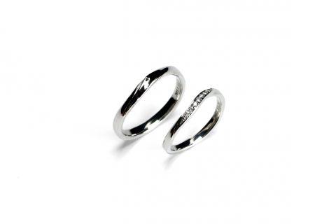 手造り結婚指輪DITIQUE我流鍛造北九州マリッジダイヤモンド綺麗