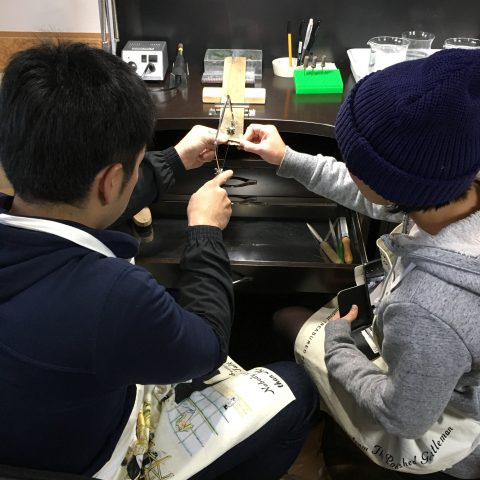 鍛造手造り福岡小倉結婚指輪DITIQUE糸鋸