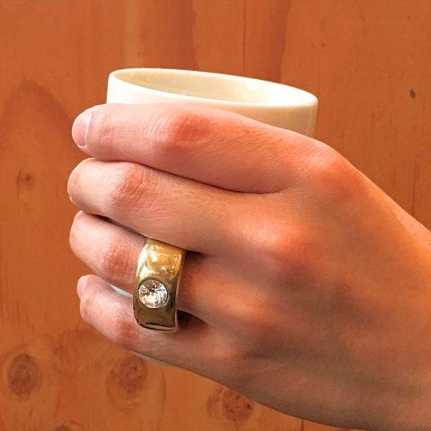 指輪のよう