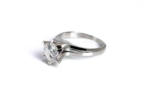 DITIQUErリモデル1ctダイヤモンド