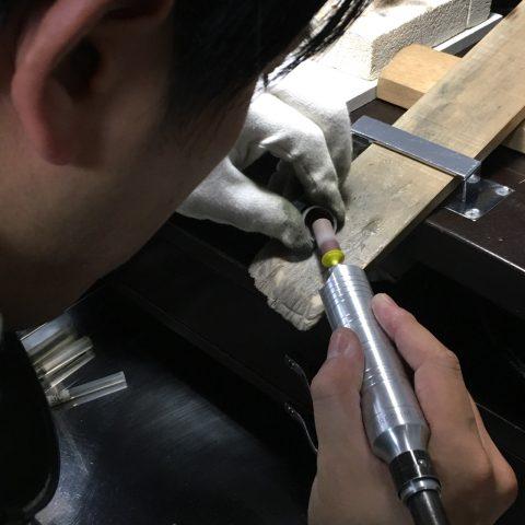 福岡結婚指輪北九州小倉DITIQUE我流鍛造プラチナ加工リューター