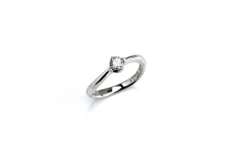 福岡婚約指輪DITIQUE北九州小倉我流婚約大分出来上がり完成