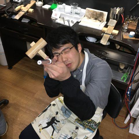 DITIQUEの我流鍛造がりゅうたんぞう福岡制作風景